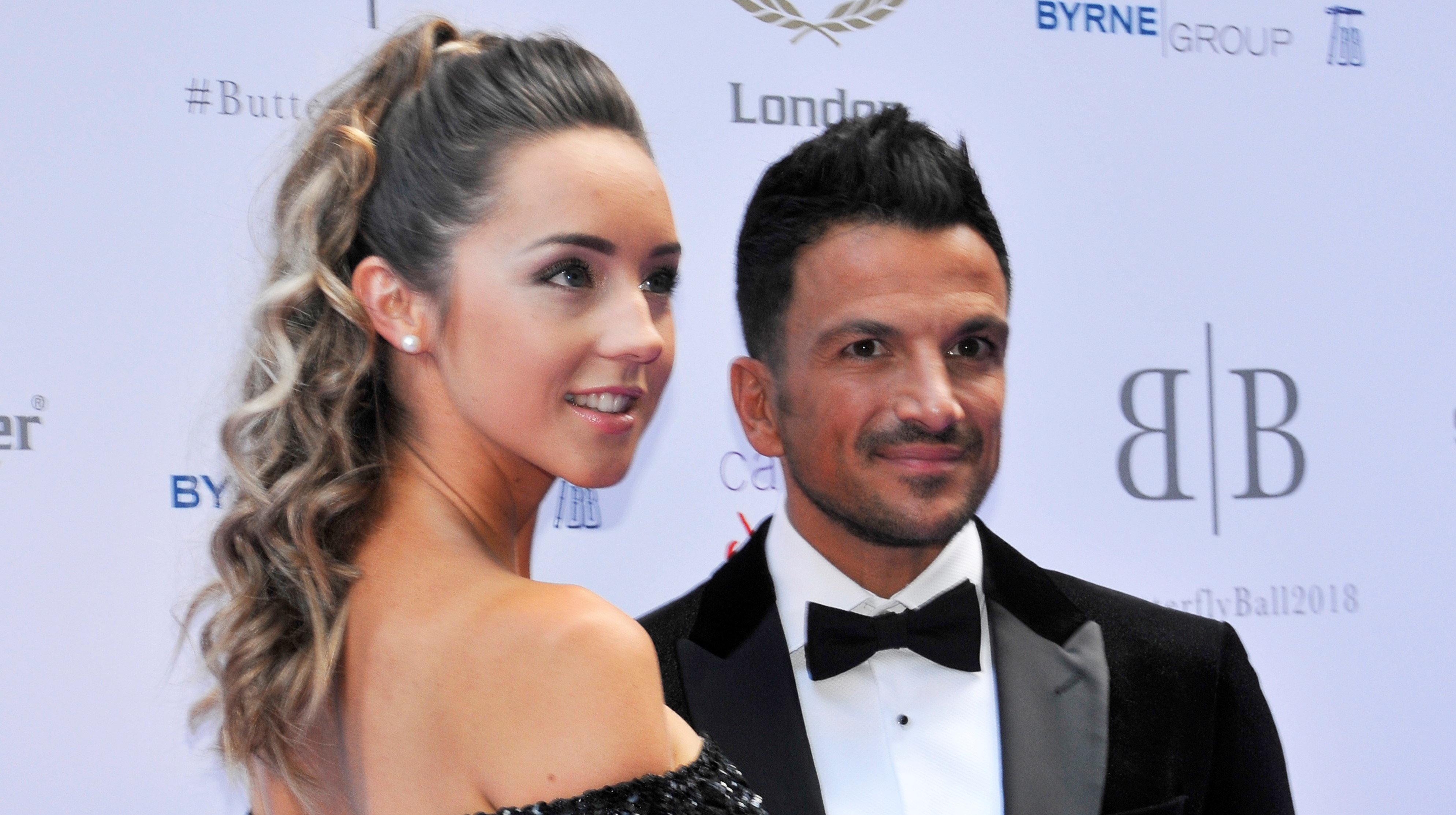 Peter Andre shares sweet photo of Amelia and Theo on family holiday