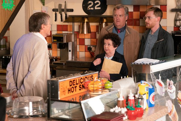 Coronation Street SPOILER: Roy discovers a secret from his past