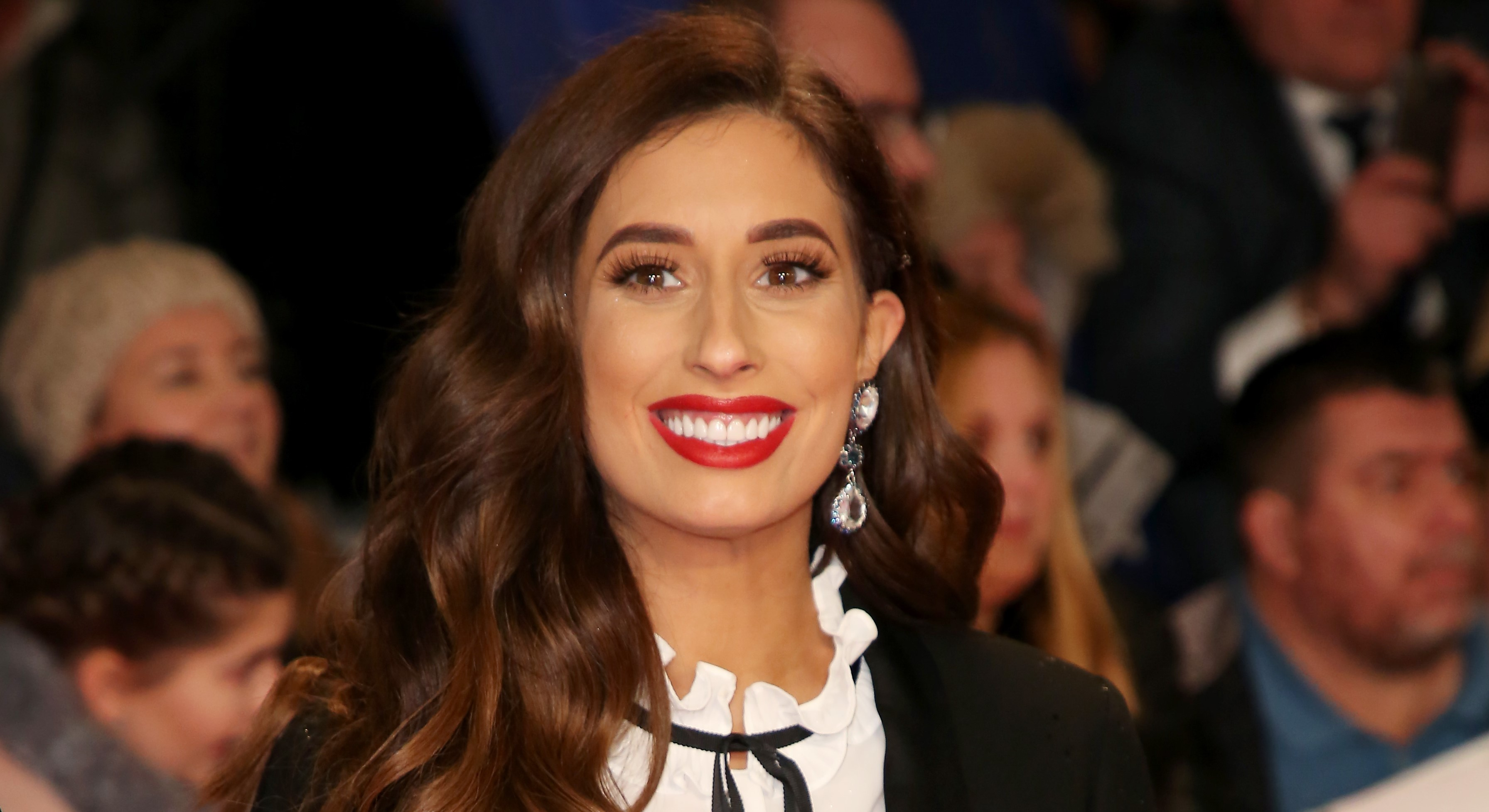 Stacey Solomon shares defiant picture post about breastfeeding in front of her sons