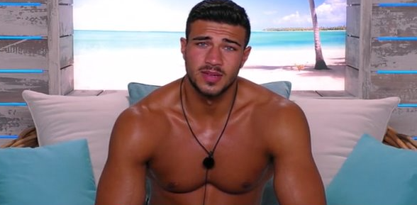 Love Island viewers shocked that Tommy Fury doesn't know how to make peppermint tea