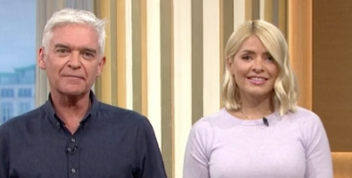 Holly Willoughby sniffs Phillip Schofield's armpit live on air