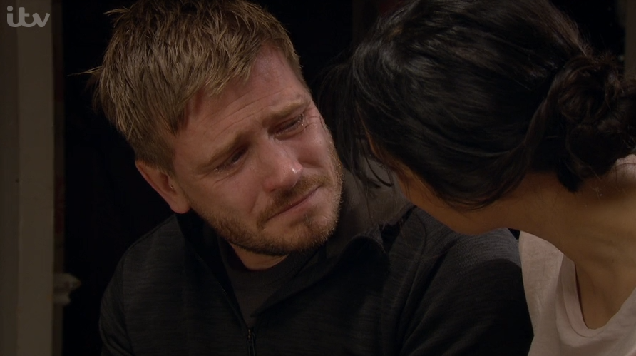 Emmerdale viewers furious as David tries to kiss ex Priya