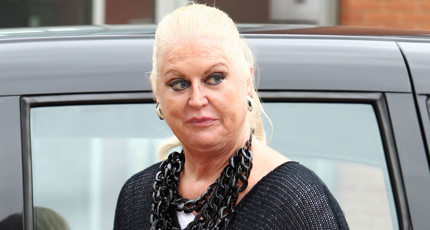 Kim Woodburn almost chokes on marshmallow in bizarre video