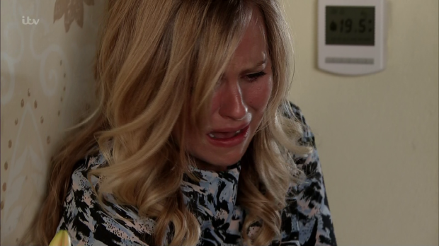Sarah attacked by Gary in Corrie