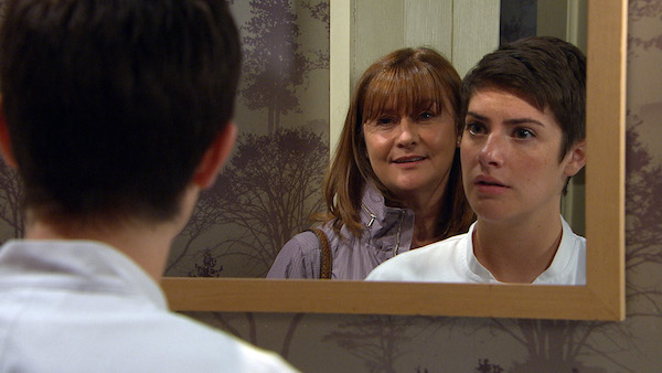 Emmerdale SPOILER: Victoria viciously confronted by Lee's mum