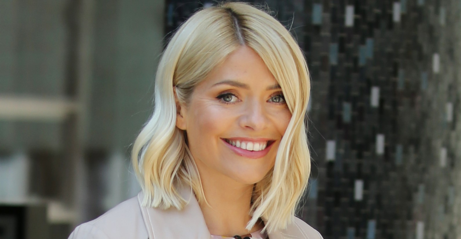 Holly Willoughby gazes lovingly at daughter Belle in sweet picture