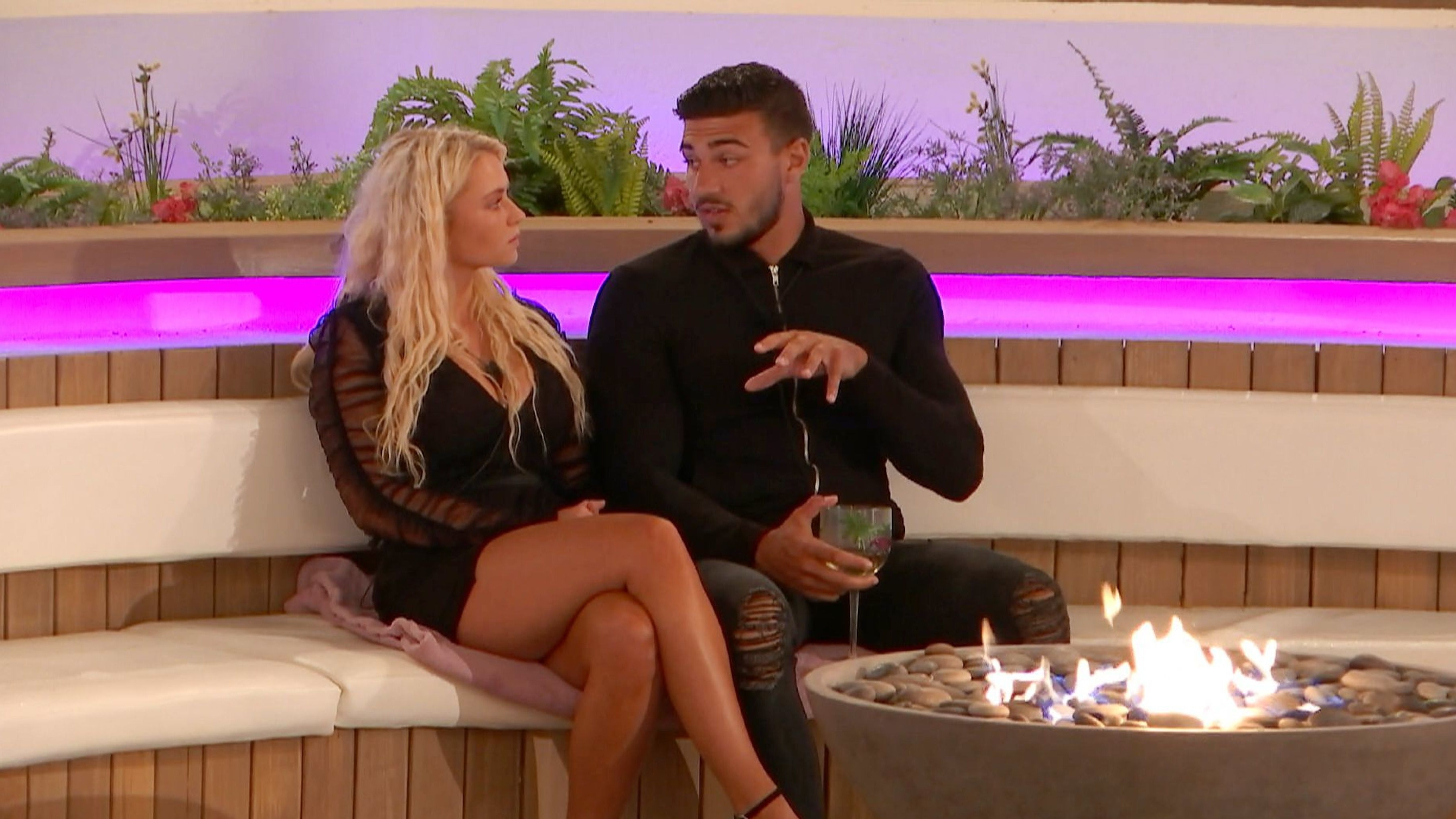 Lucie Donlan's sister tells Love Island fans 'be compassionate' over Tommy Fury