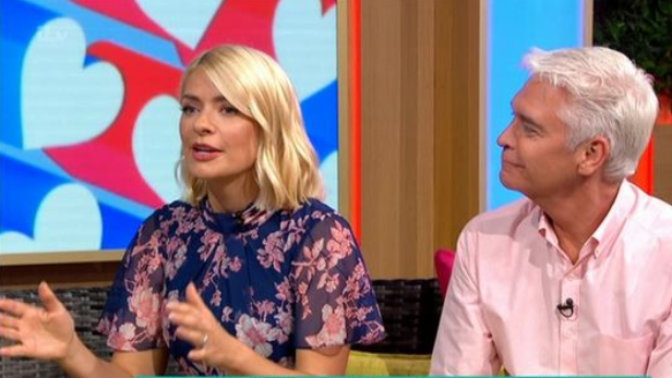 Holly Willoughby thinks Love Island's Curtis will leave Amy as she's unpopular with the public
