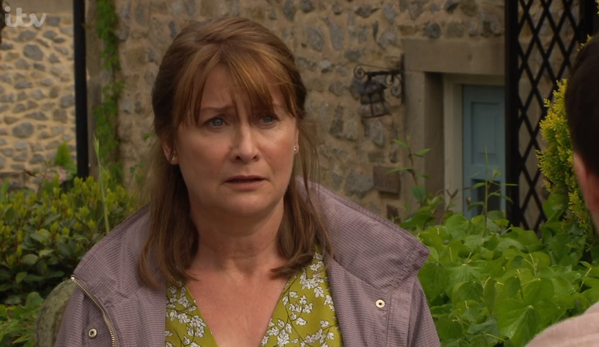 Emmerdale fans recognise Lee's mum Wendy as Callum Logan's mum from Coronation Street