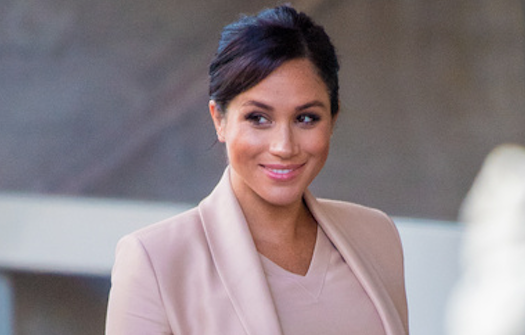 Wimbledon fan brands Meghan Markle 'bonkers' as she's 'told not to take photographs of the duchess'
