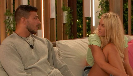 "Love Island's Lucie Donlan is hopeful she and Tommy Fury may date in a ""few years"""