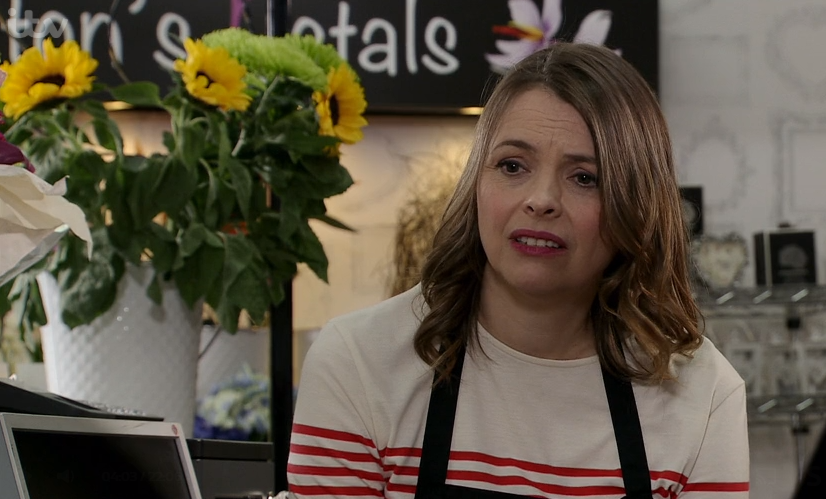 Coronation Street viewers love seeing Tracy McDonald's 'soft' side as she gives Sinead advice