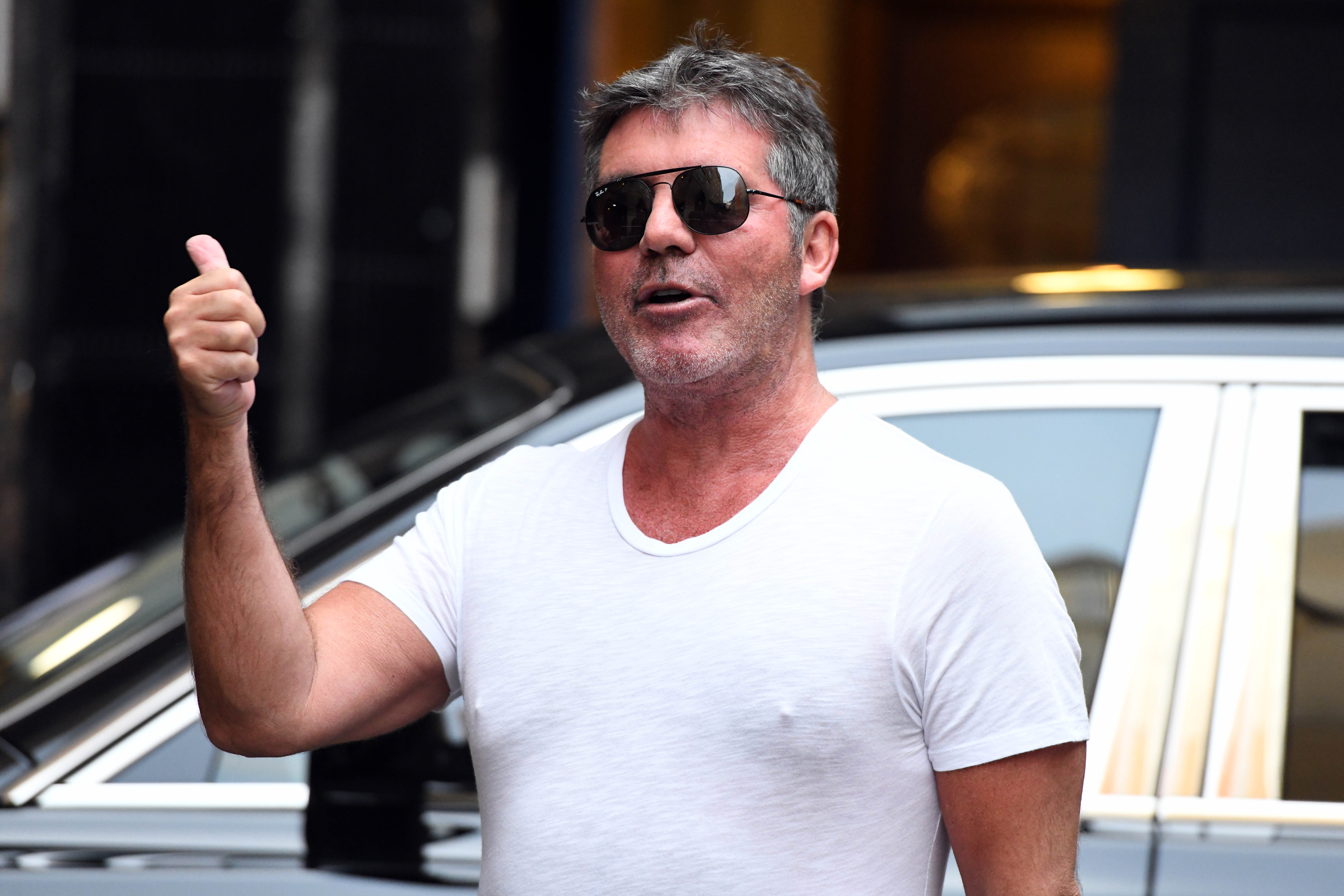 Louis Walsh wants Simon Cowell to be knighted