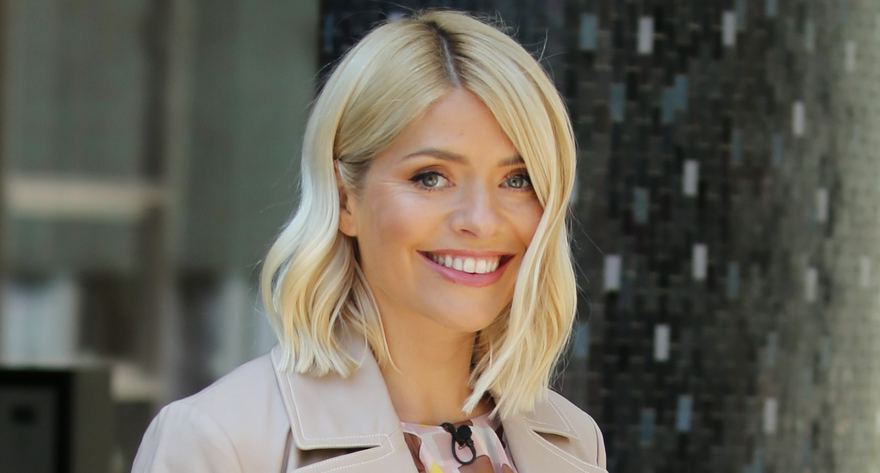Holly Willoughby celebrates 12 years of being happily married