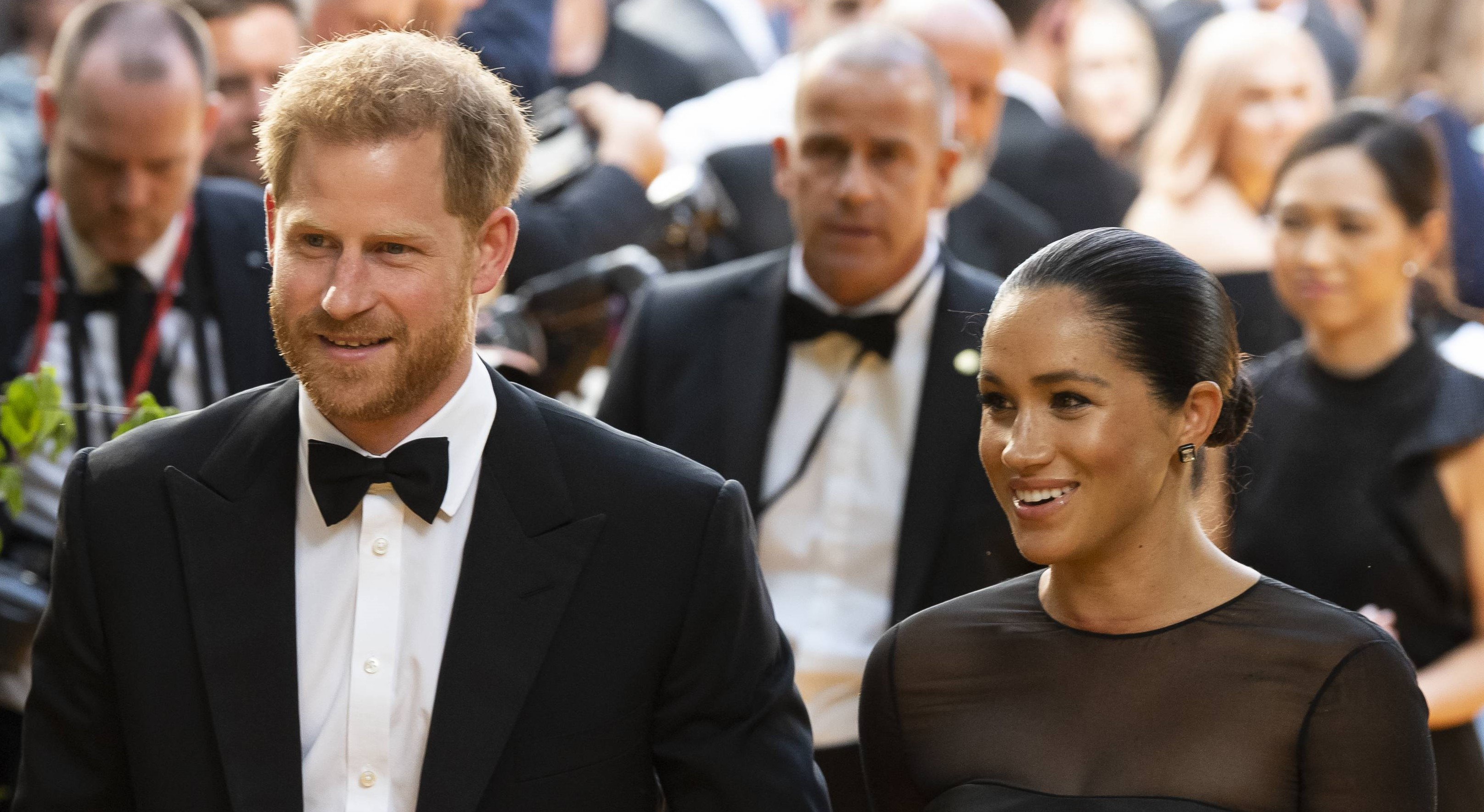 Palace staff 'causing trouble' for Harry and Meghan as they start new foundation?