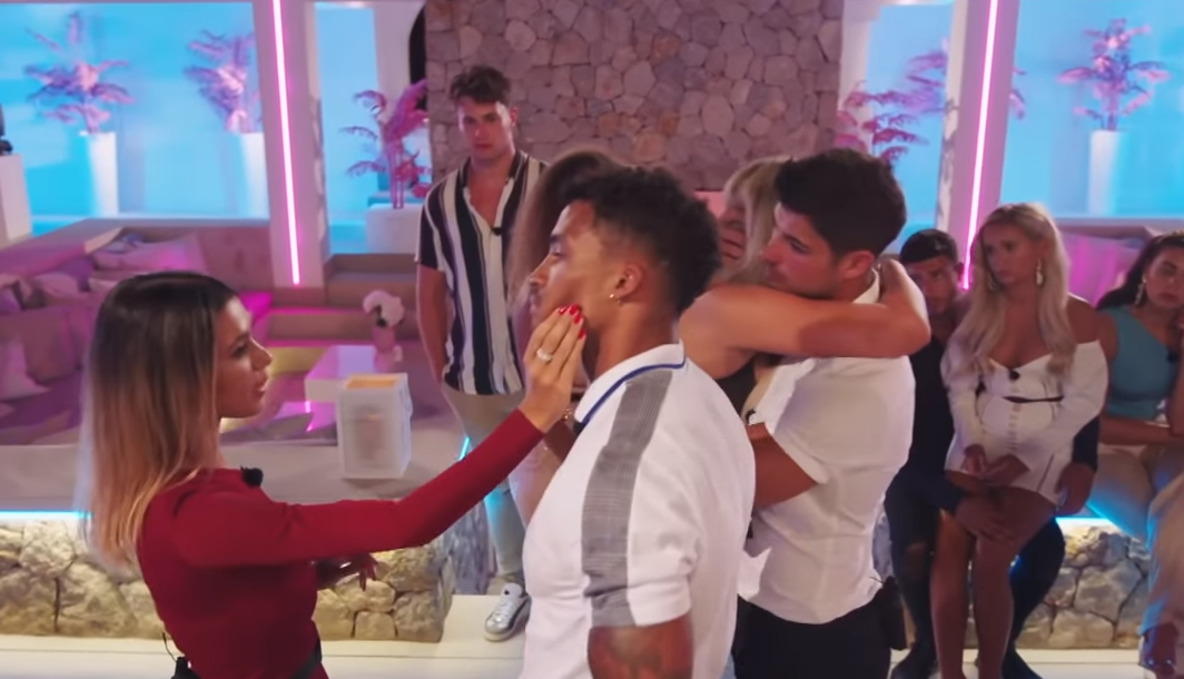 Love Island viewers fuming over Joanna 'grabbing' Michael's face after being voted out