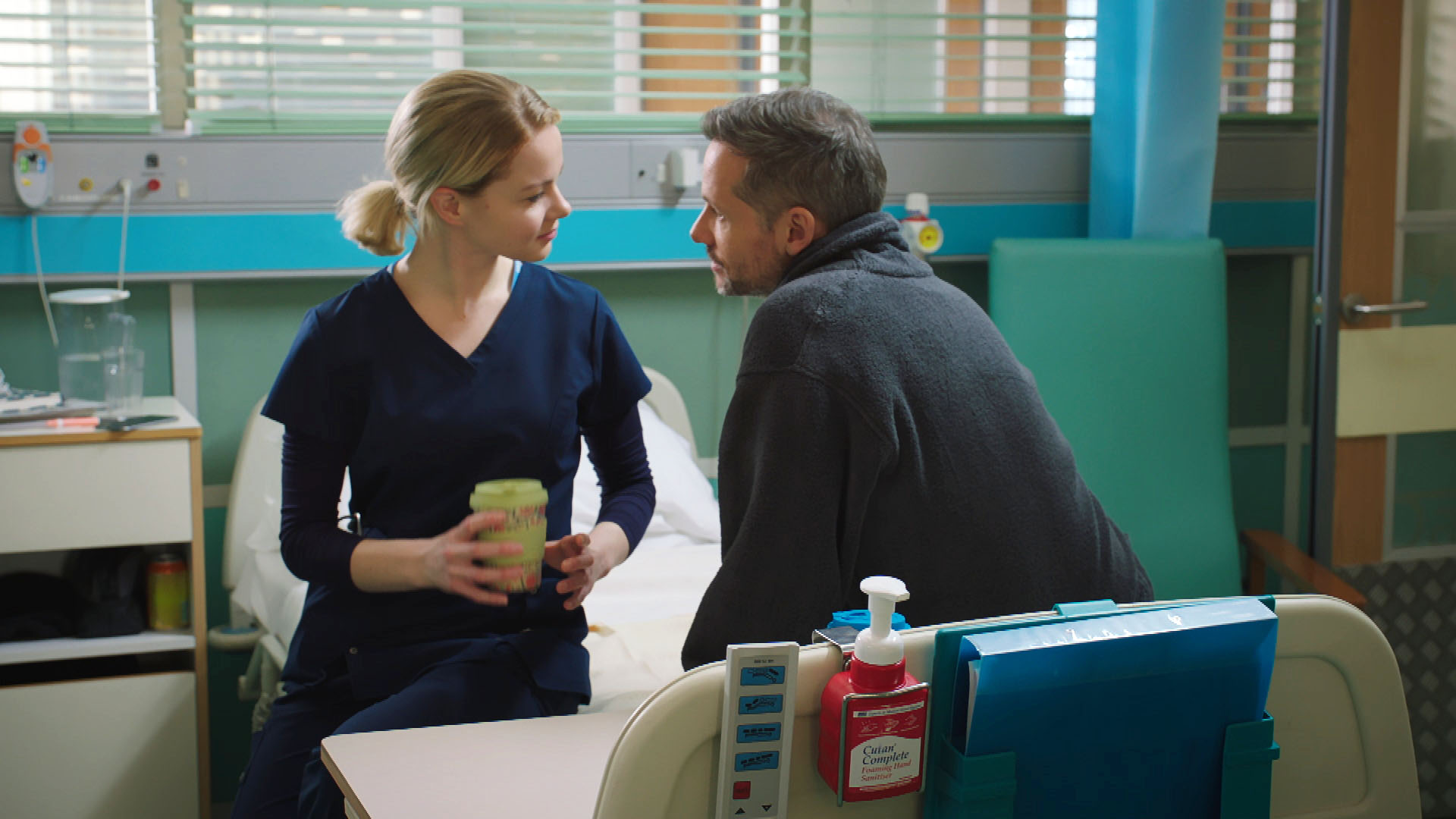 Holby City SPOILER: Chloe makes a shocking discovery about new husband Evan