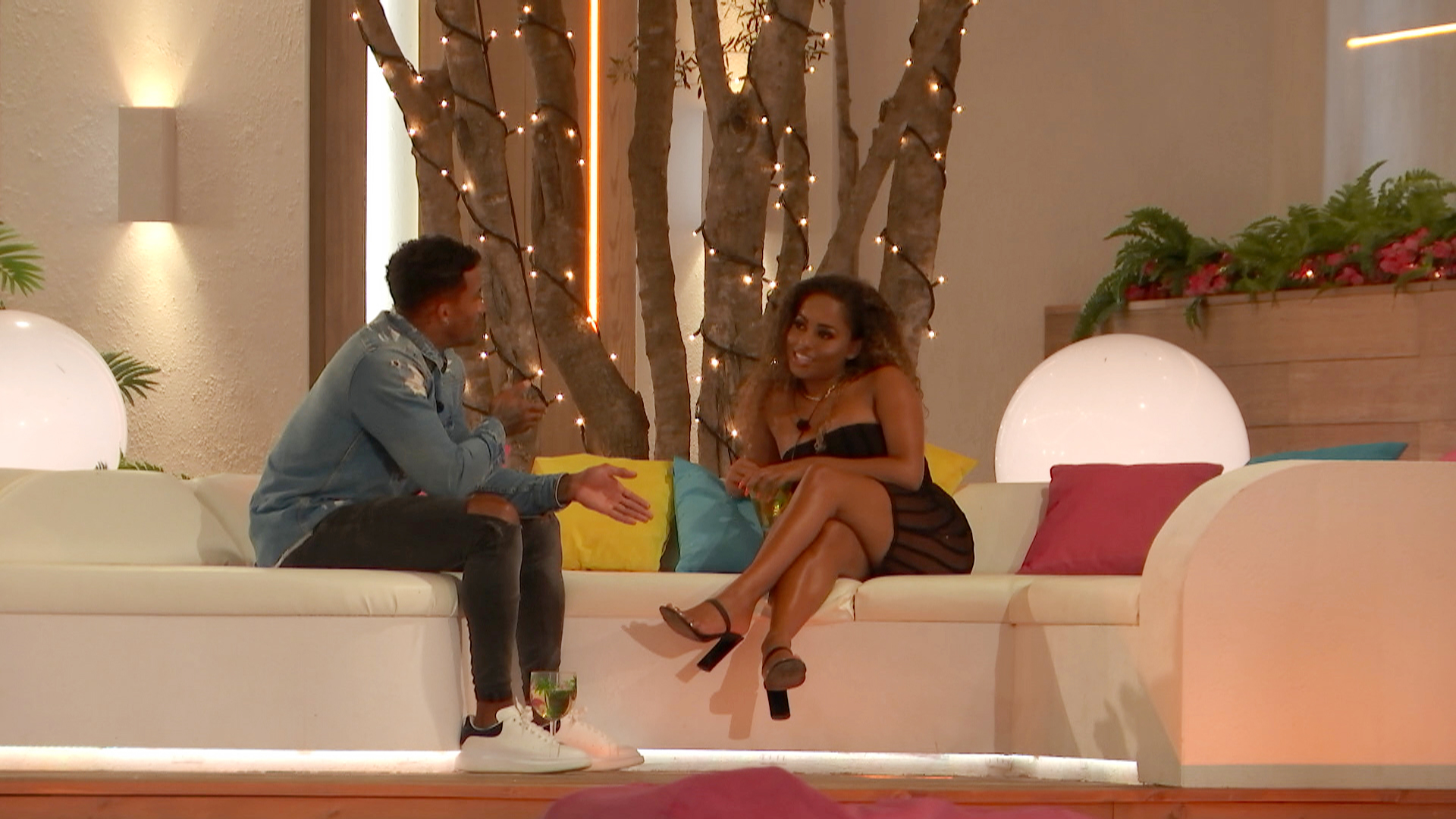 Love Island SPOILER: Confused Amber torn as Michael confesses his feelings and KISSES her