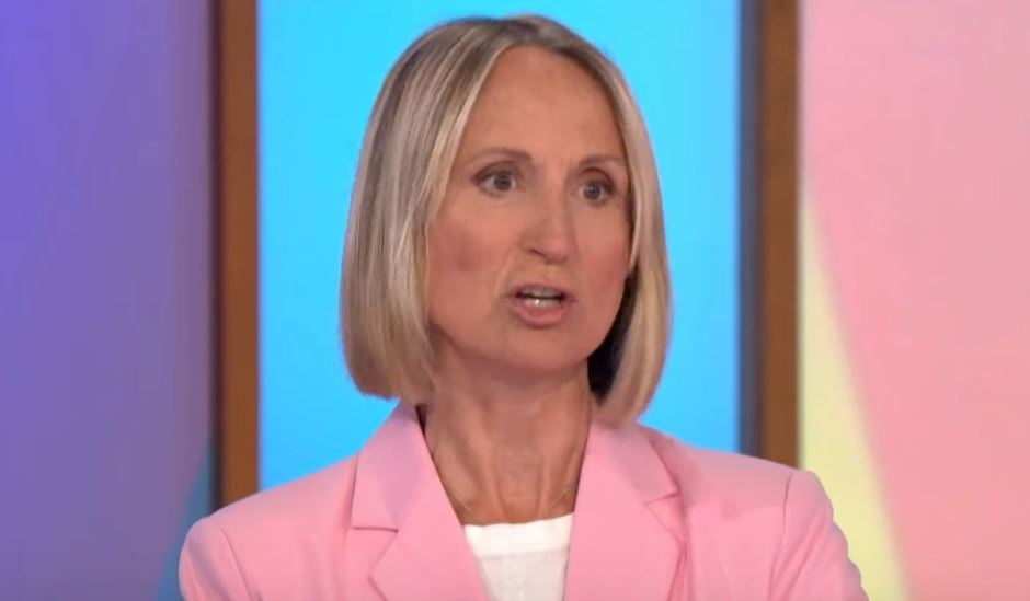 "Loose Women viewers blast ""clueless"" Carol McGiffin for saying giving up smoking is ""not difficult"""