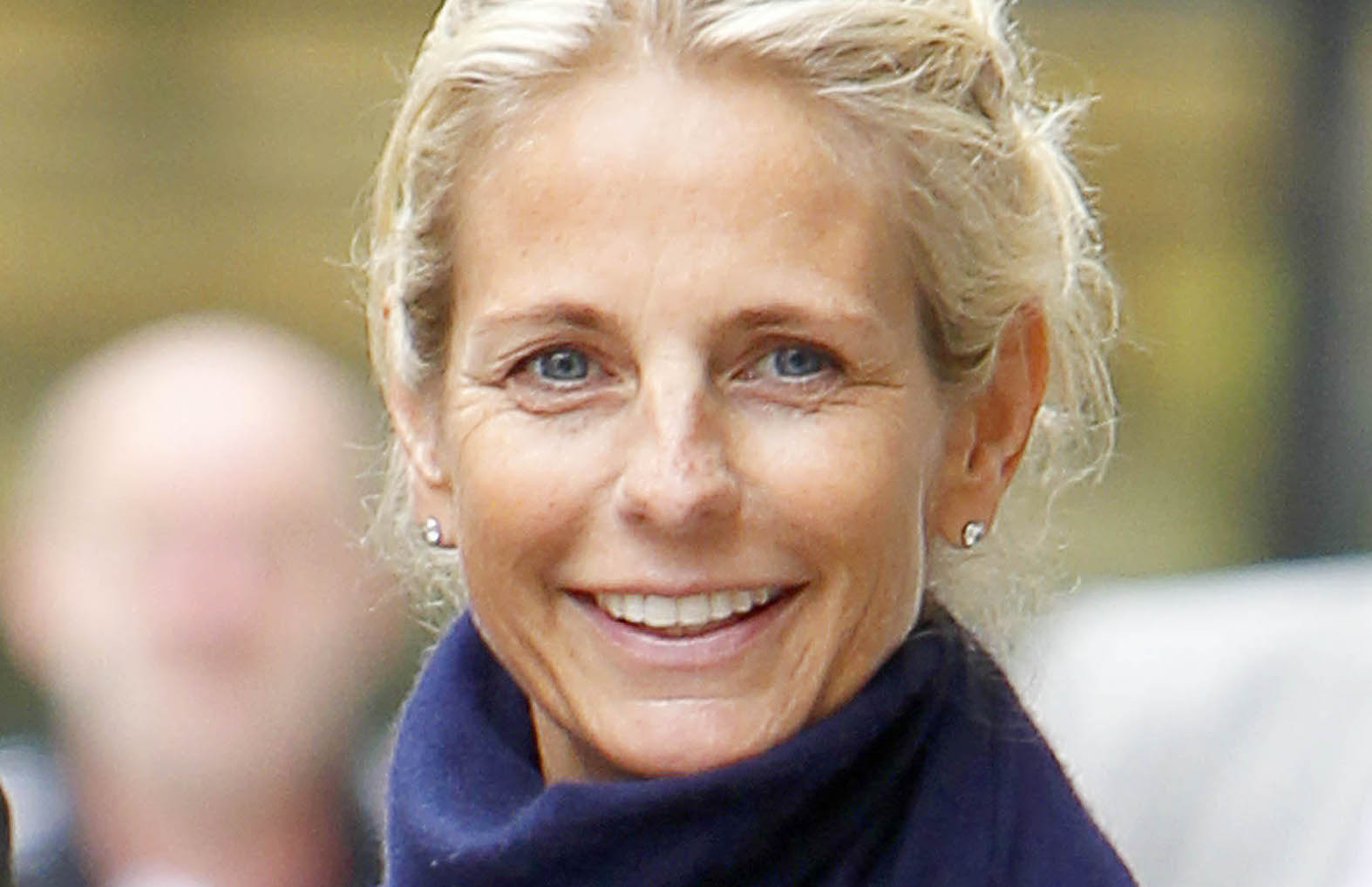 Ulrika Jonsson shares rare family photos from her sister's wedding
