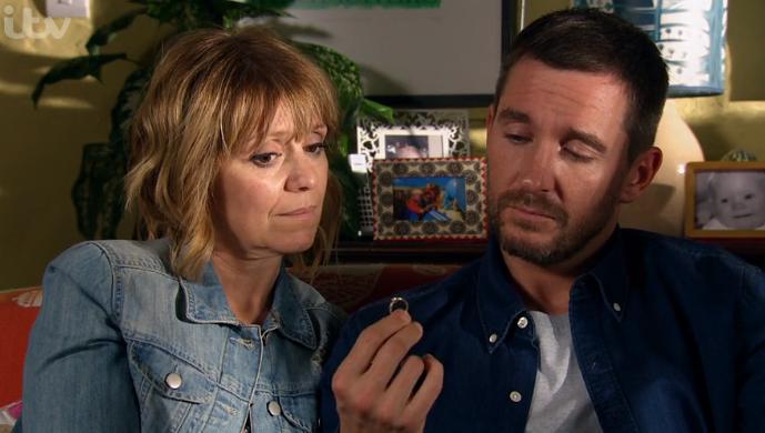 Emmerdale viewers divided as Pete and Rhona split