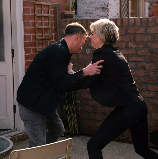 Coronation Street introducing MORE gangsters as Paula's life is put in danger