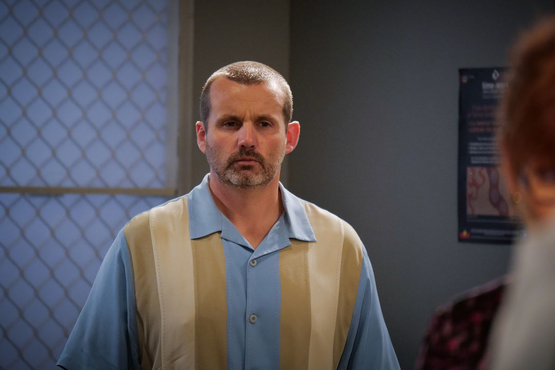 Neighbours SPOILER: Dee and Toadie torn apart AGAIN after shock kiss