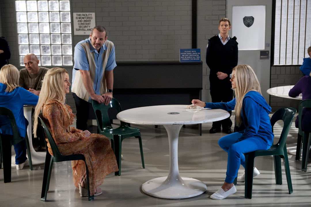 8148 10 - Dee (left) confronts Andrea in prison about taking a DNA test 2_EMBARGO_8_JUL_