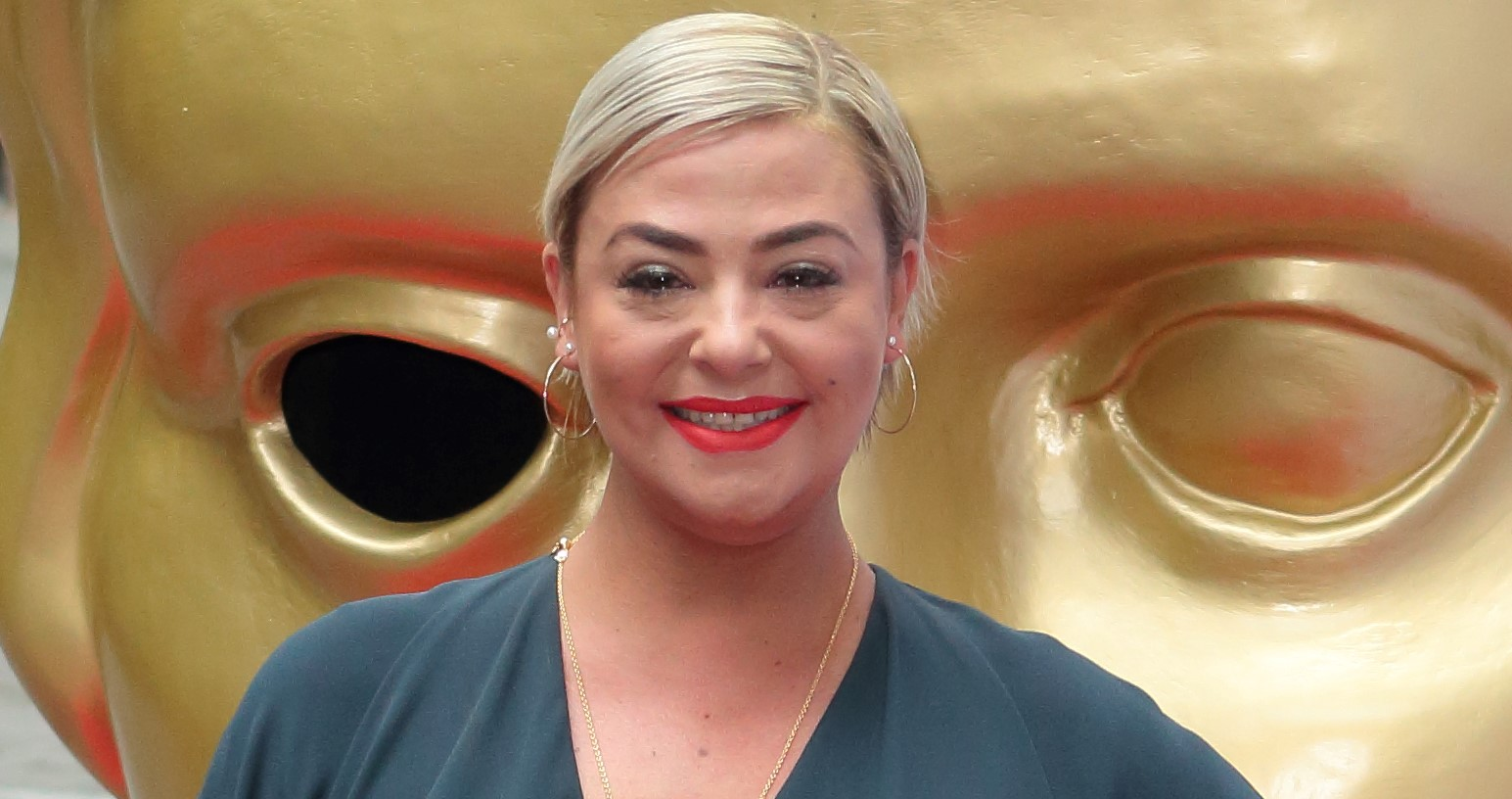 Make-up artist Lisa Armstrong reportedly spends £40k on festive family getaway