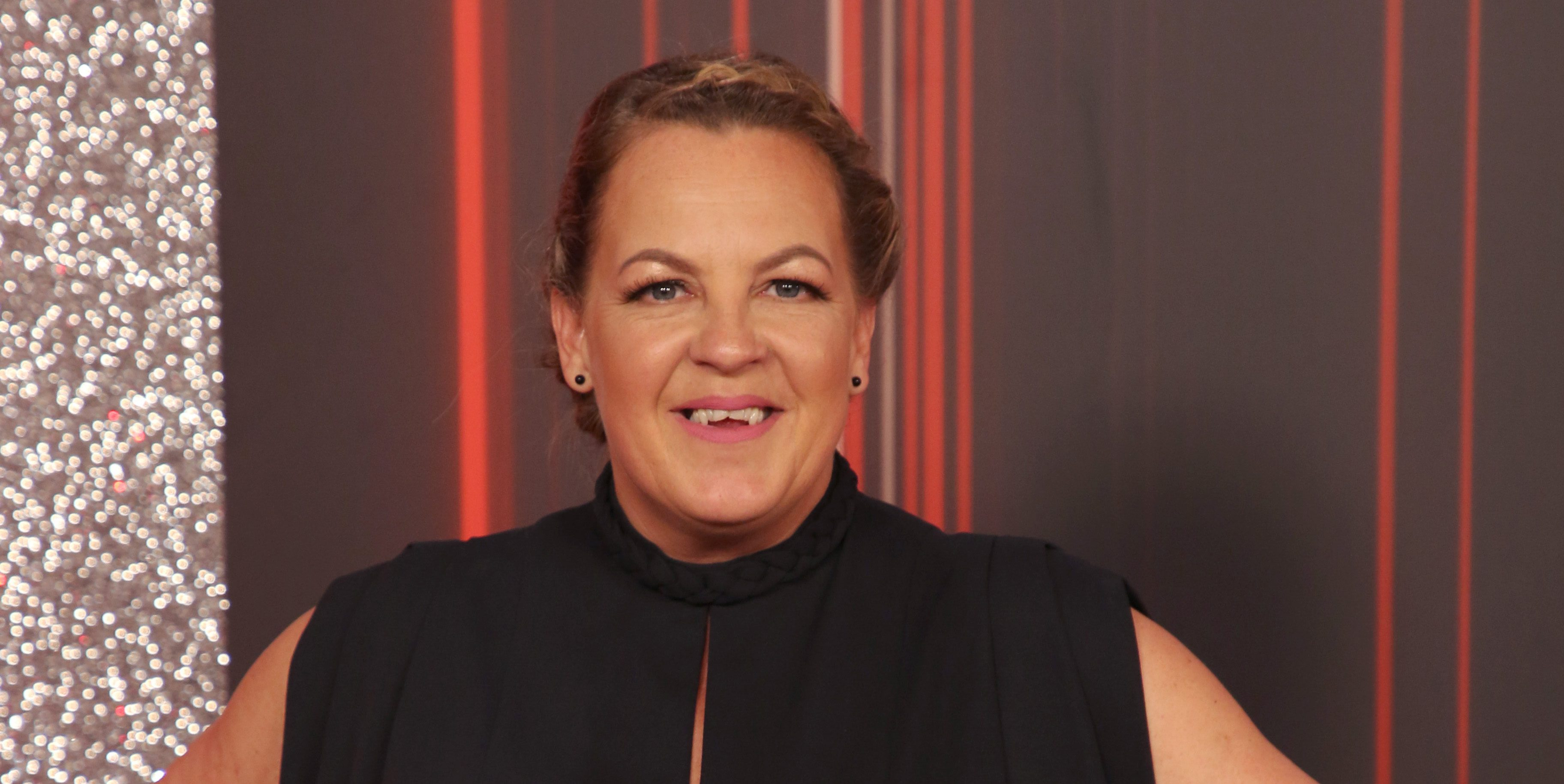 EastEnders Lorraine Stanley joins in the fun with co-stars on Majorca holiday