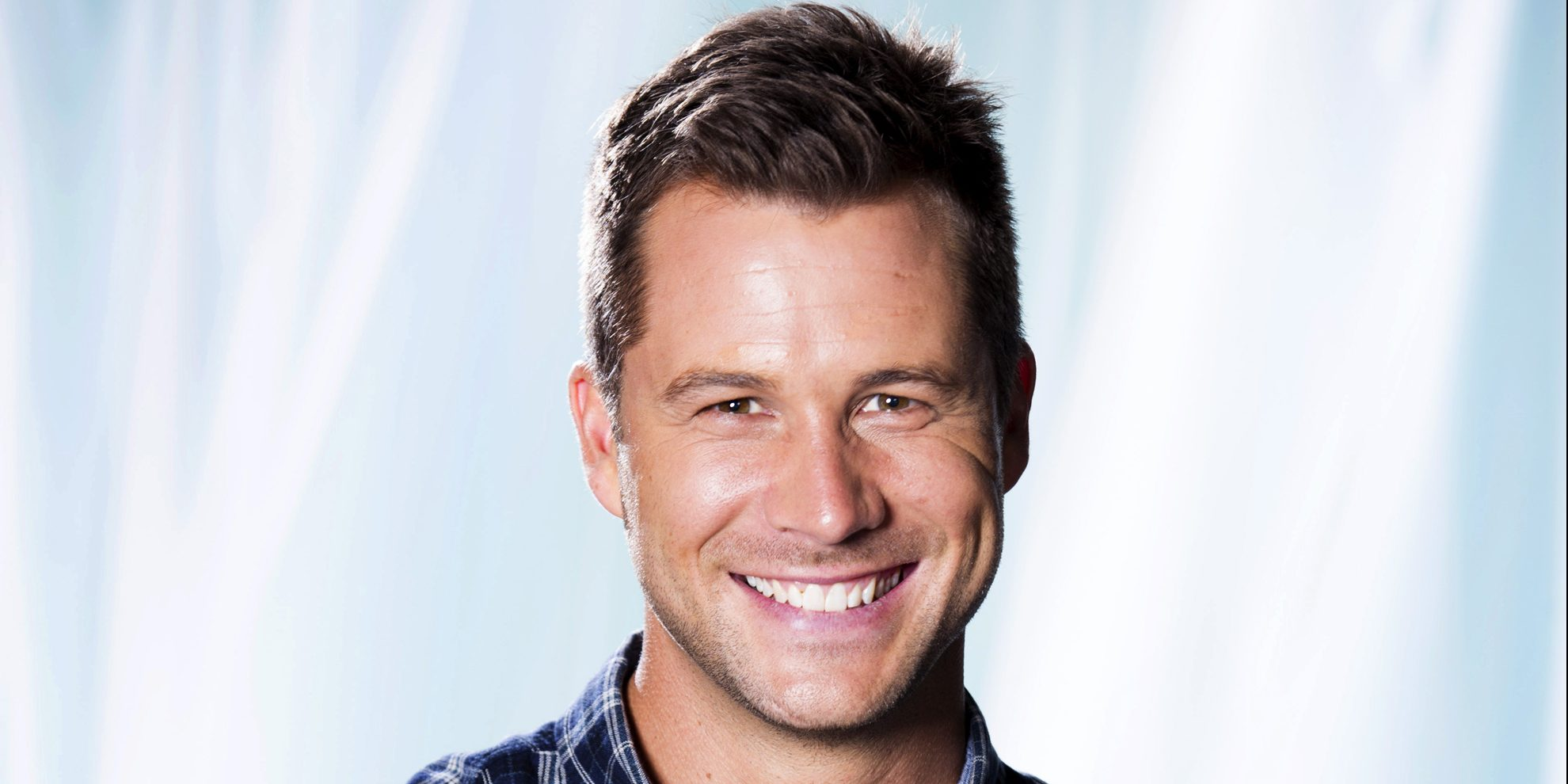 Scott McGregor plays Mark Brennan
