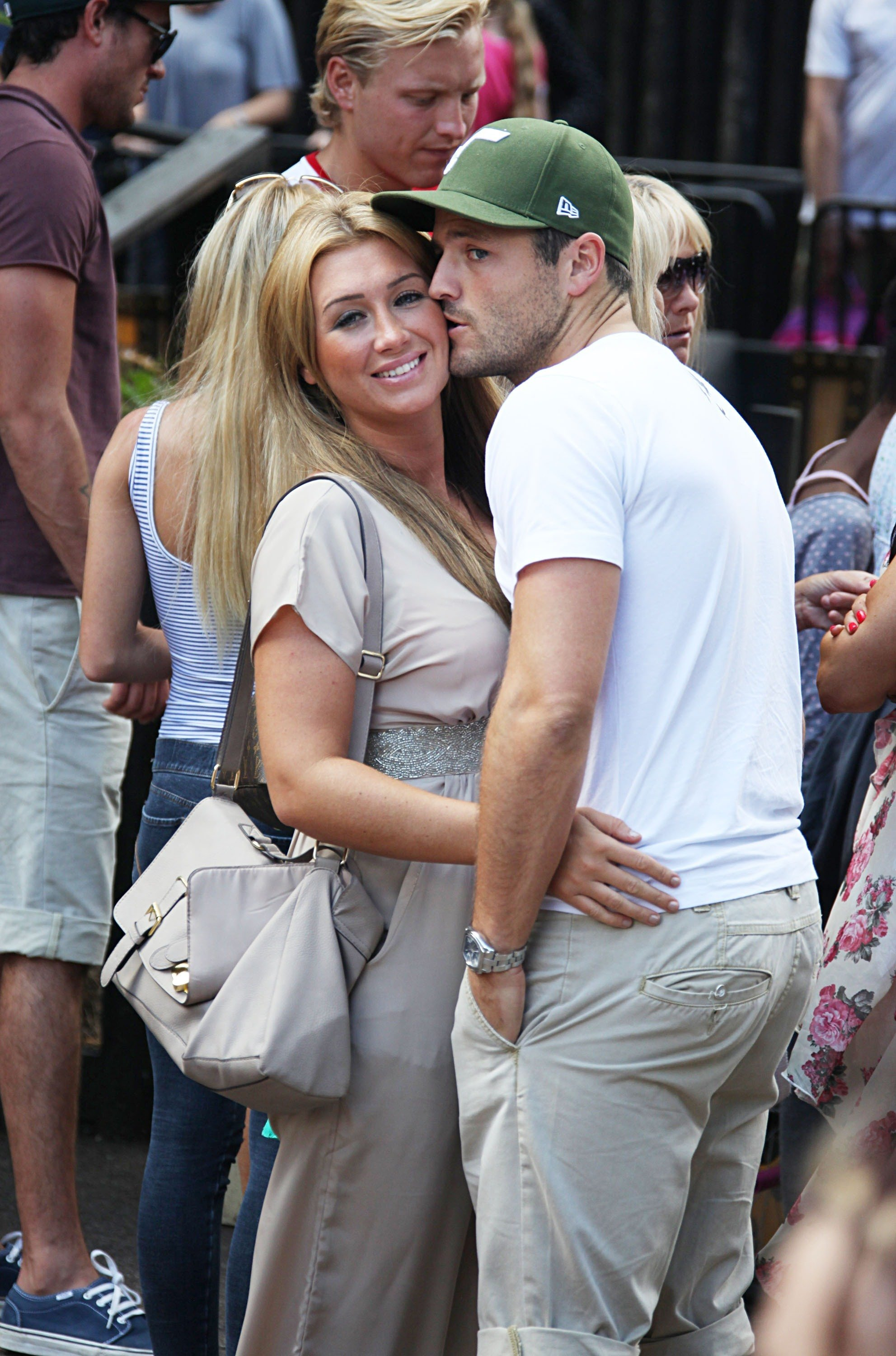 Lauren Goodger Says Mark Wright S Marriage To Michelle Keegan Is Weird Entertainment Daily