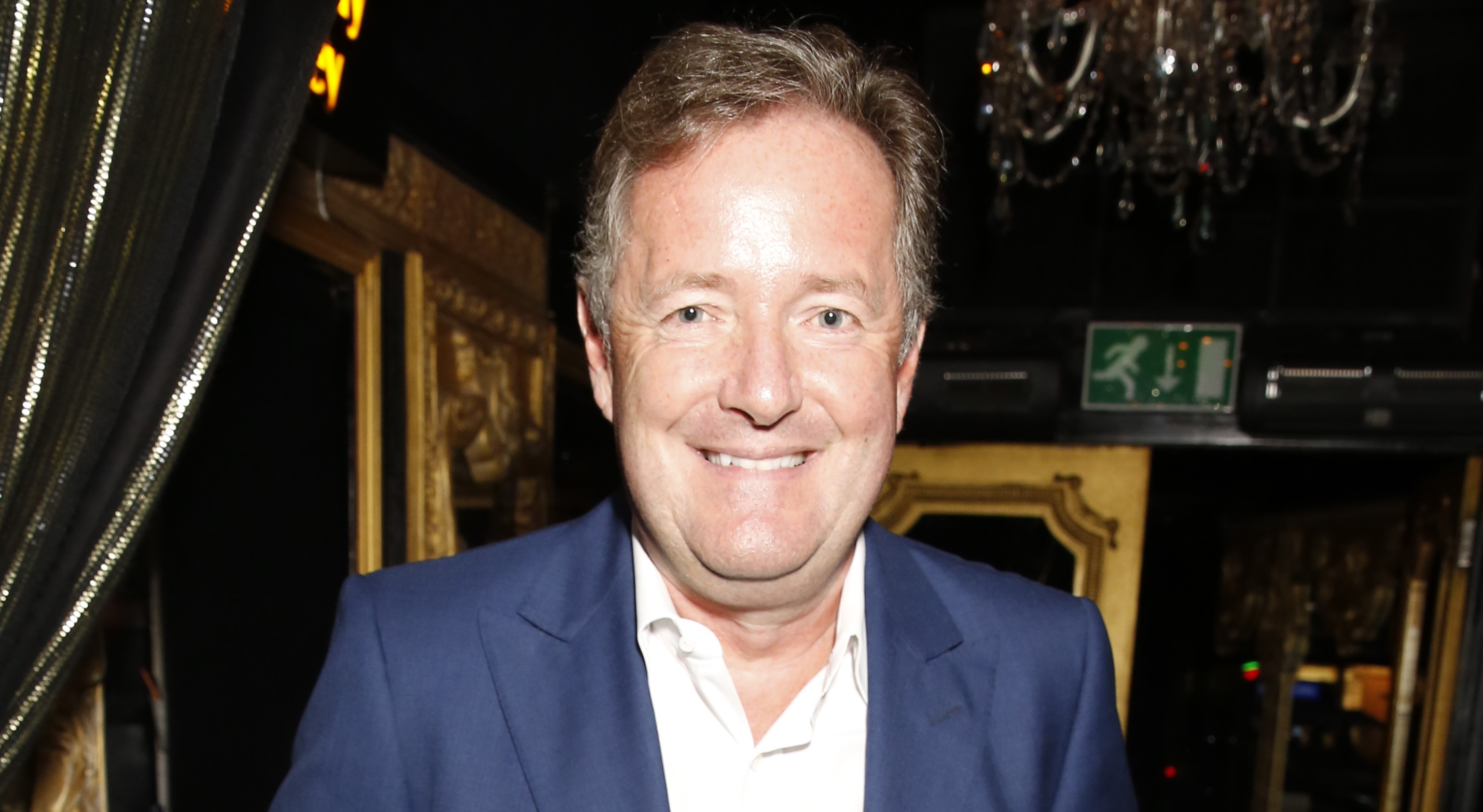 Piers Morgan stuns fans as he shows off his 'muscles' in Los Angeles