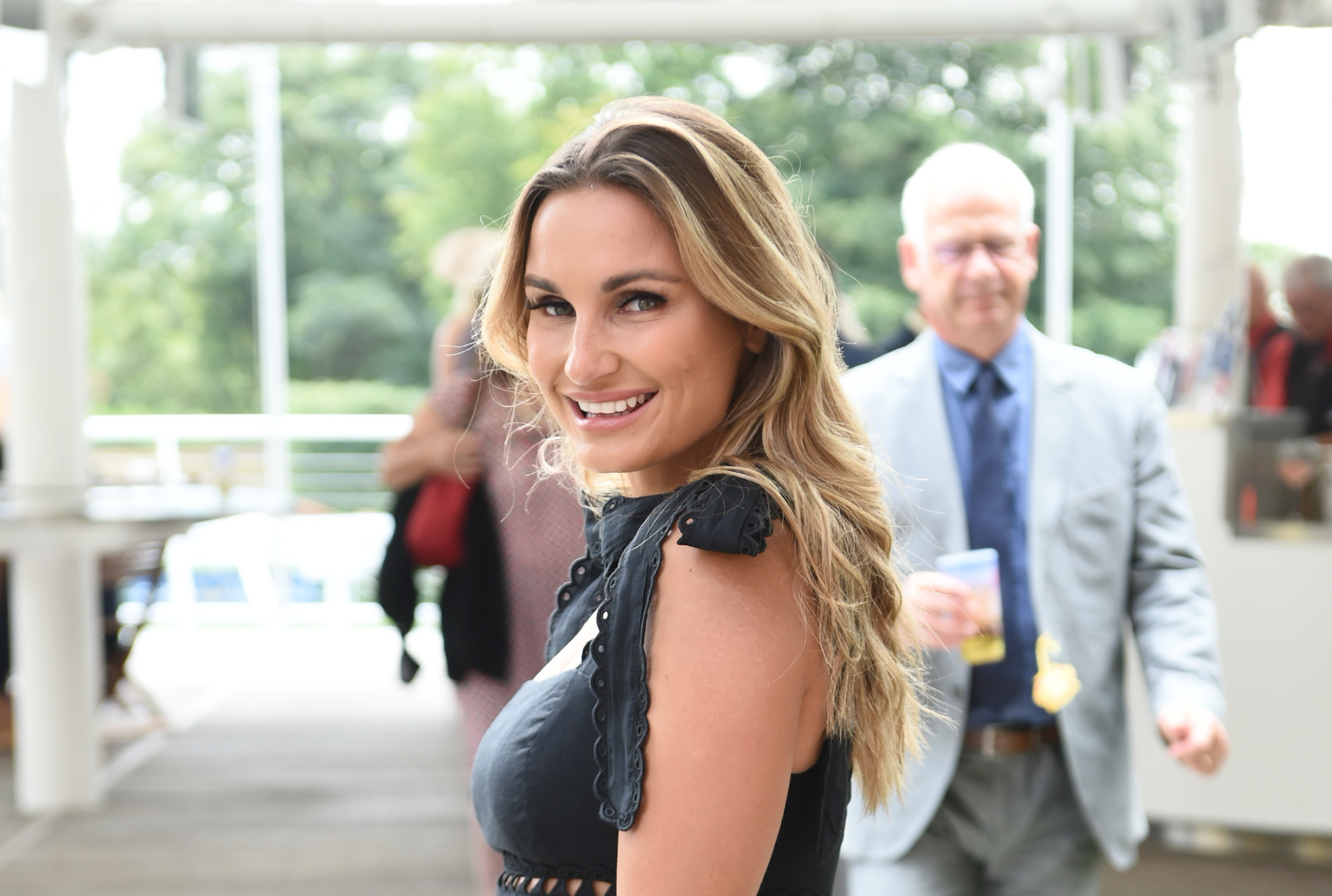 Sam Faiers in therapy for eyelash-pulling condition