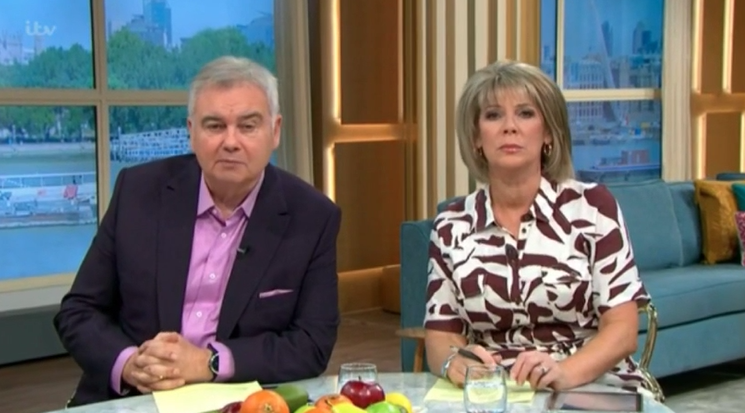 This Morning fans stunned as 'upset' Ruth Langsford walks off show