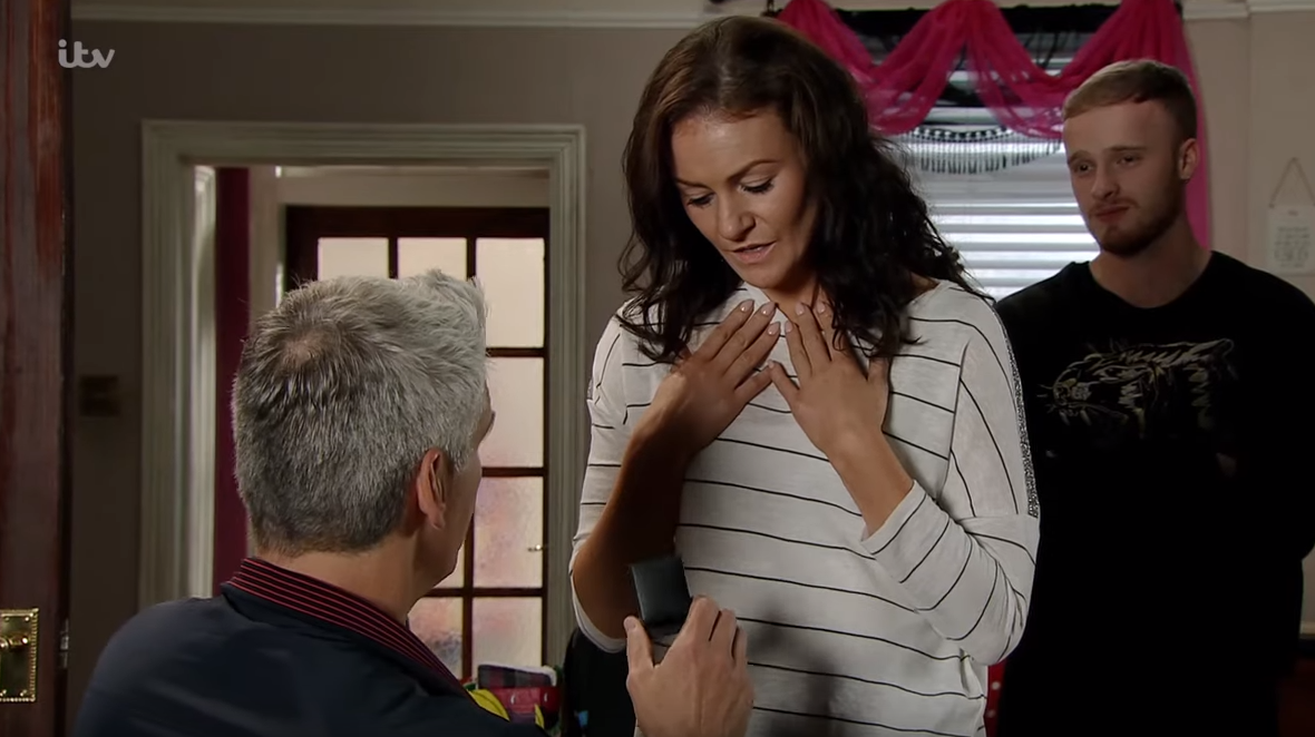 Fed up Coronation Street viewers brand Robert a snake as he proposes to Vicky with Michelle's ring