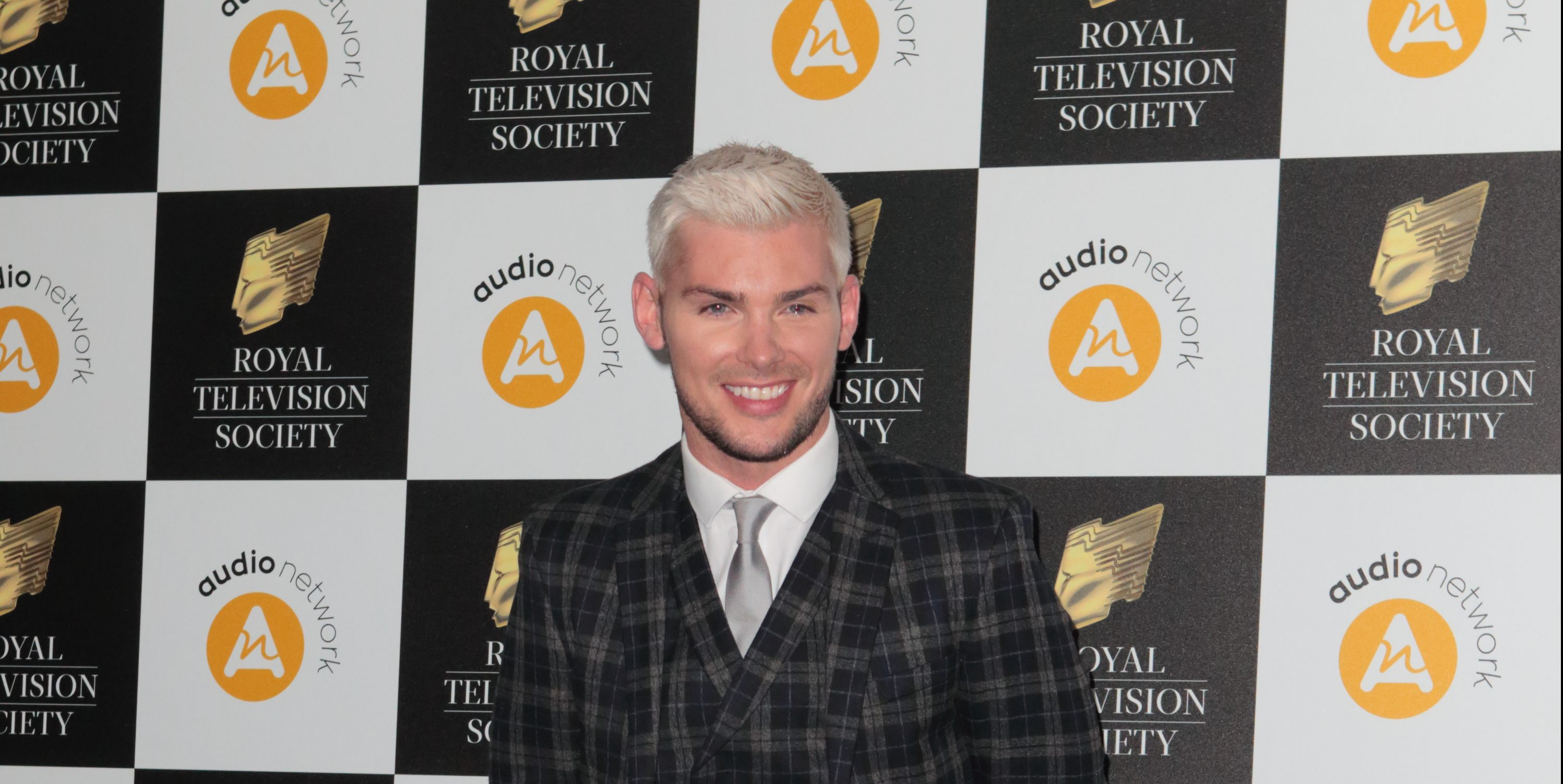 Hollyoaks' Kieron Richardson reveals dramatic hair transformation