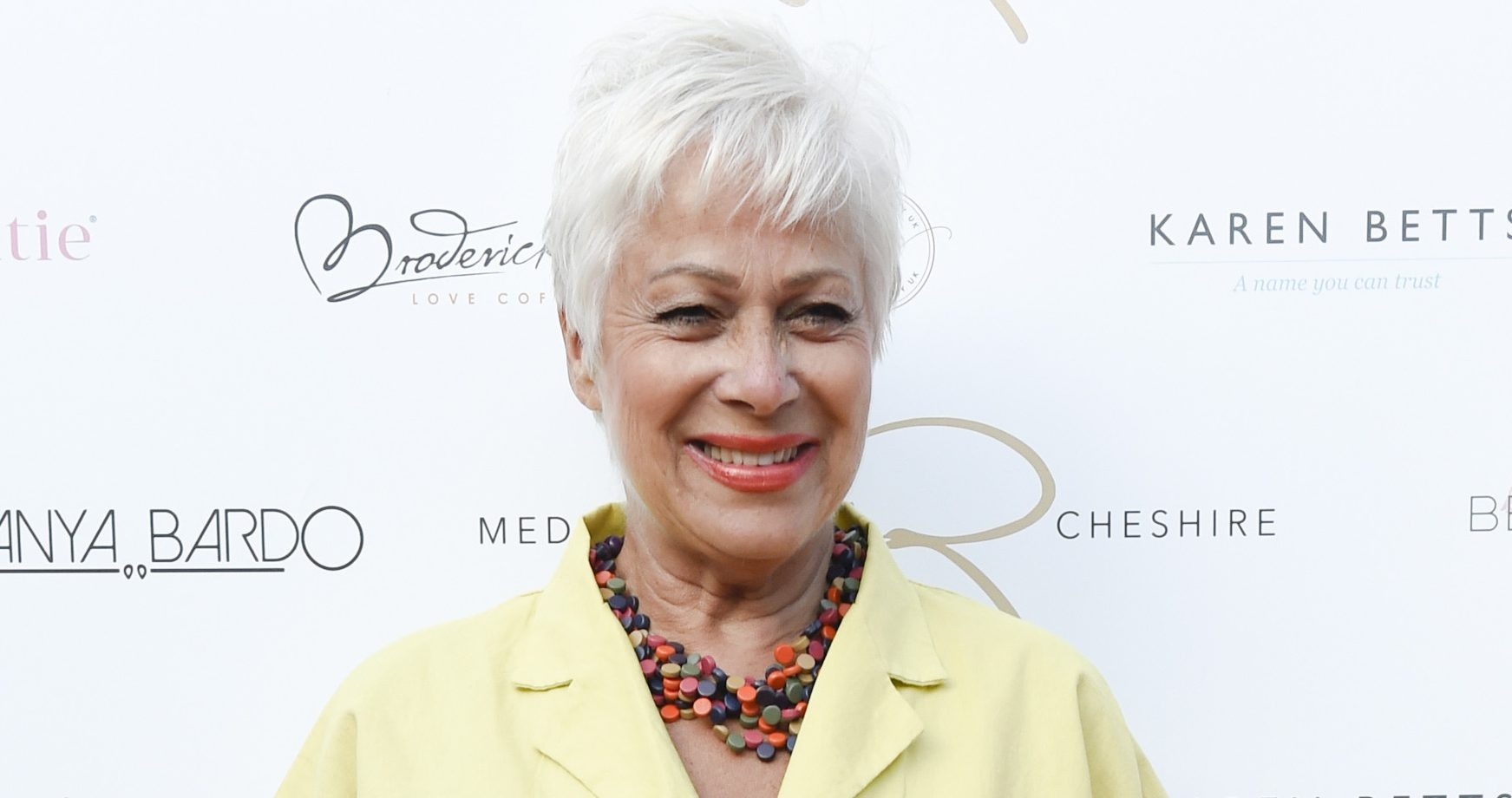 Fans call Denise Welch 'amazing' as she videos herself in her underwear