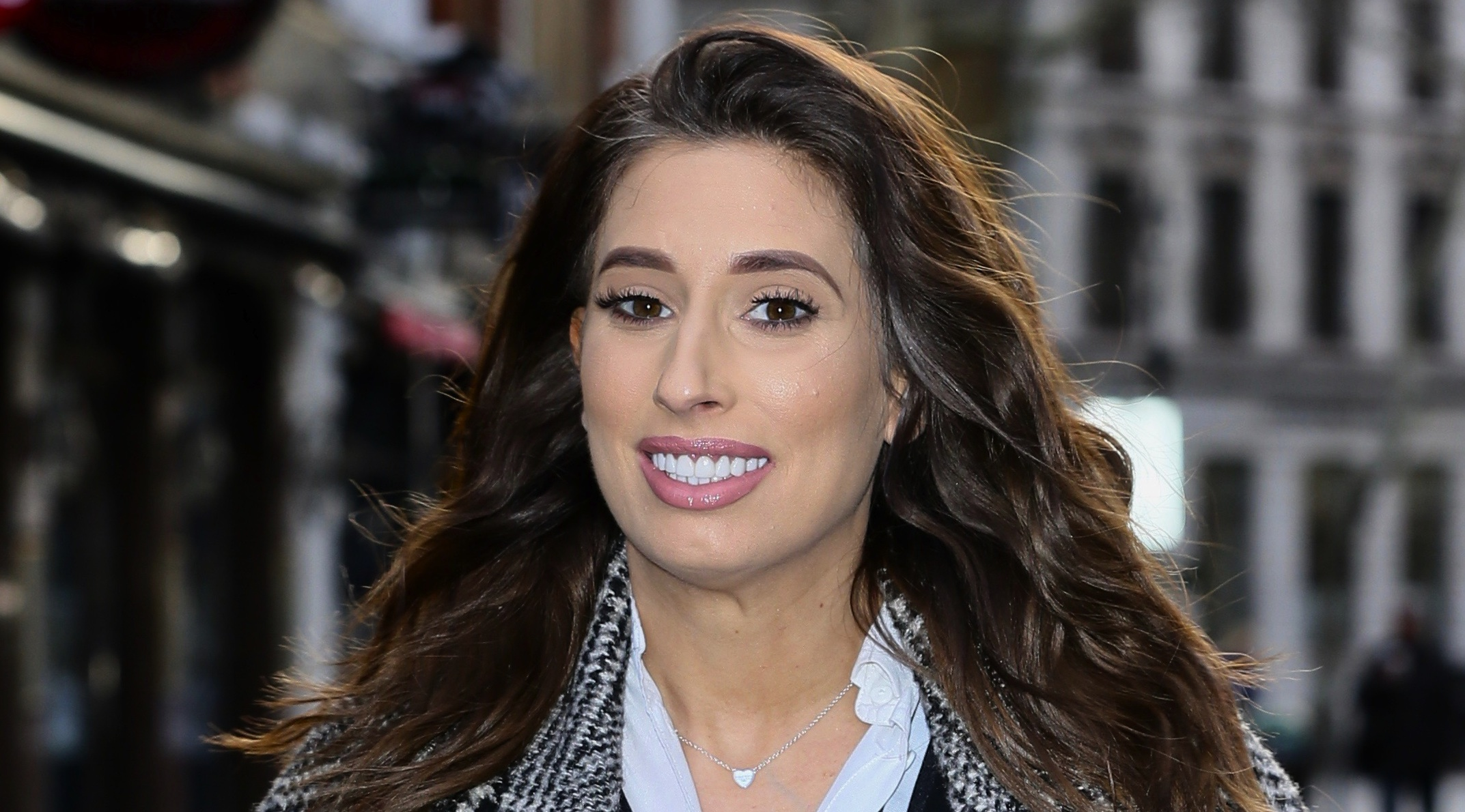 Stacey Solomon compares her stretch marks to GUITAR STRINGS as she shares adorable pic