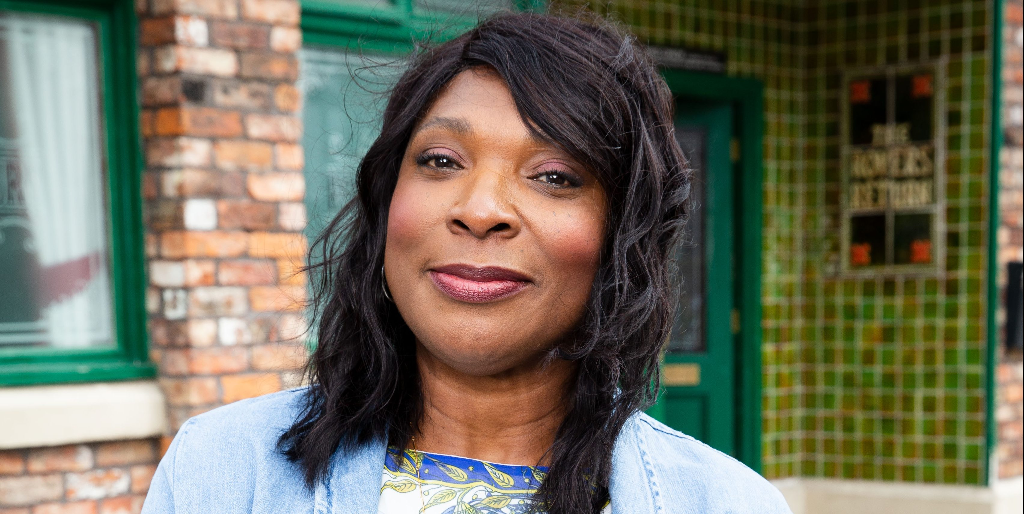 Coronation Street's Lorna Laidlaw hopes for a live episode