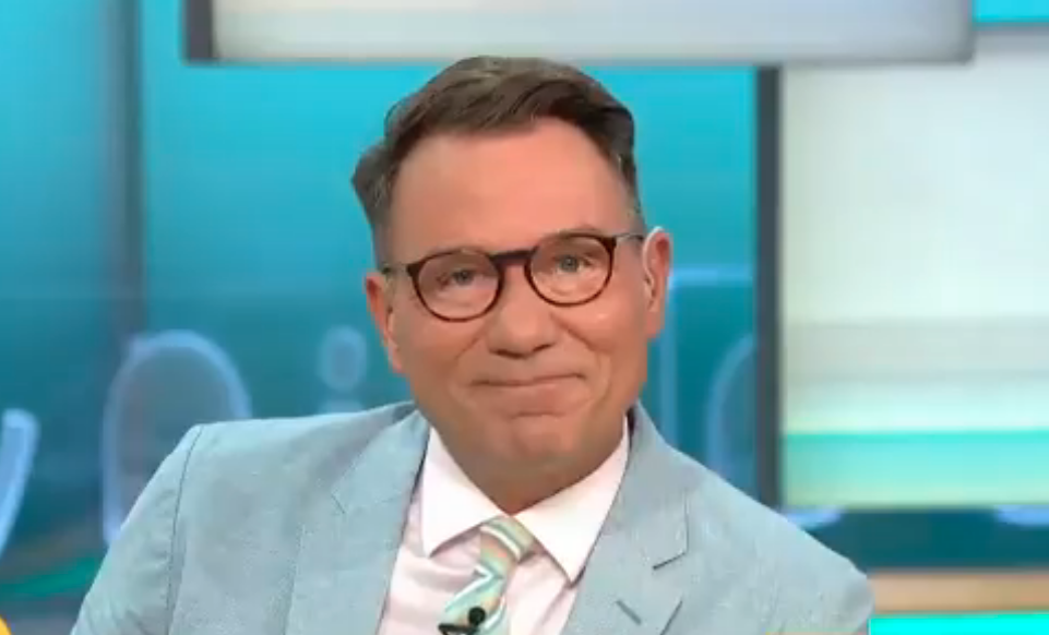 GMB viewers threaten to 'turn off' following presenter Richard Arnold's gags