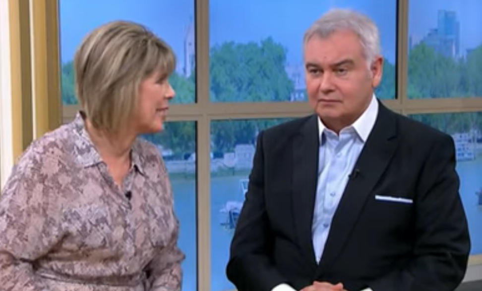 This Morning's Eamonn Holmes insults Ruth Langsford with joke about her size
