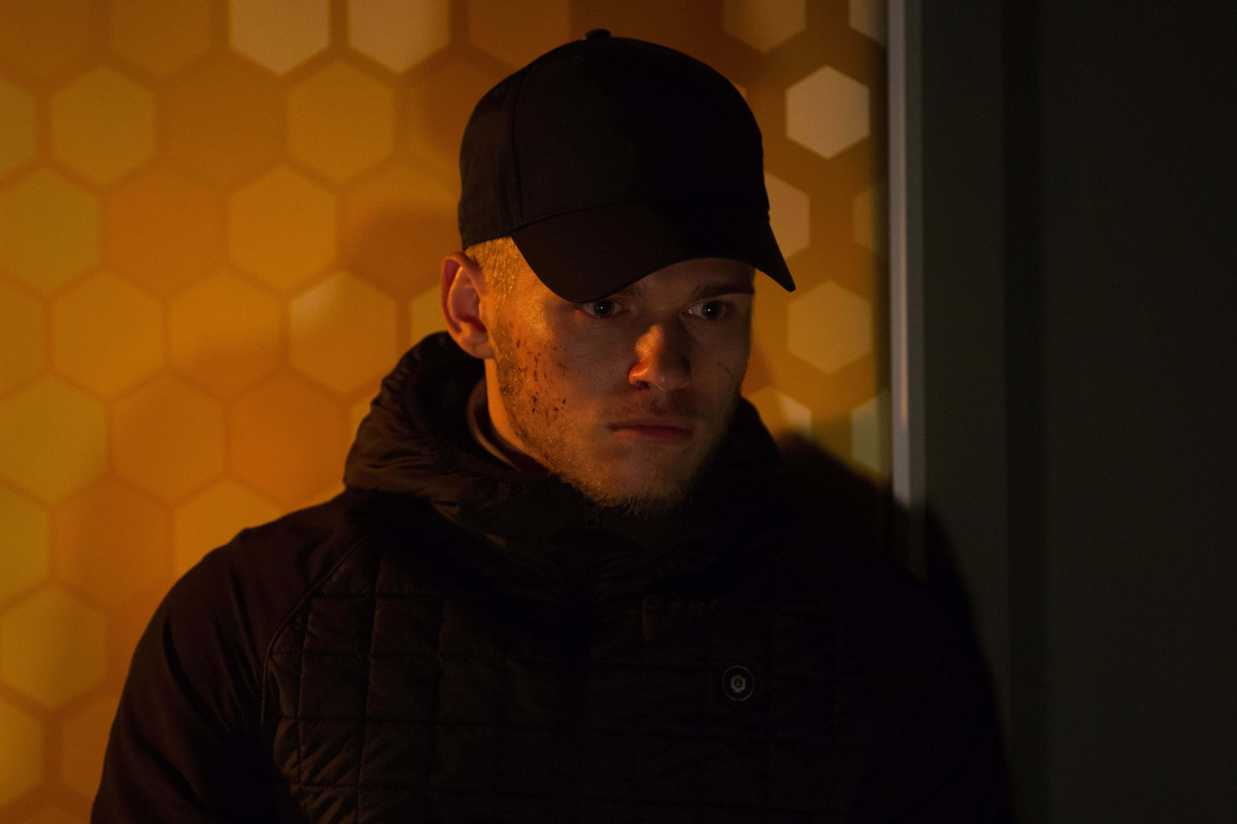 EastEnders SPOILER: Escaped Hunter returns to the Square