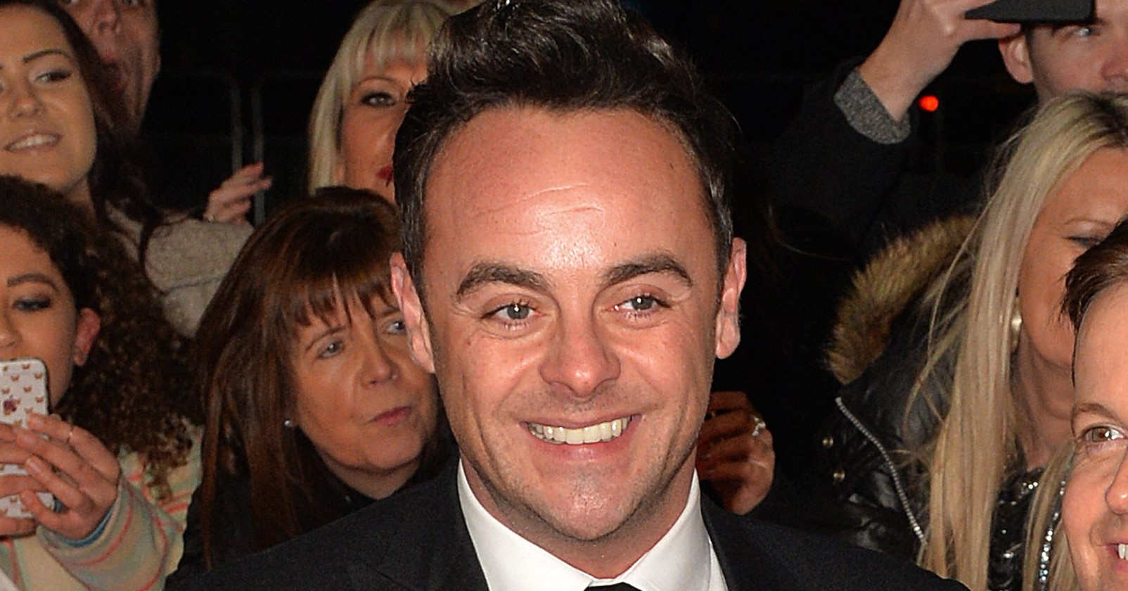 Ant McPartlin returns to Twitter to give glimpse into his family life