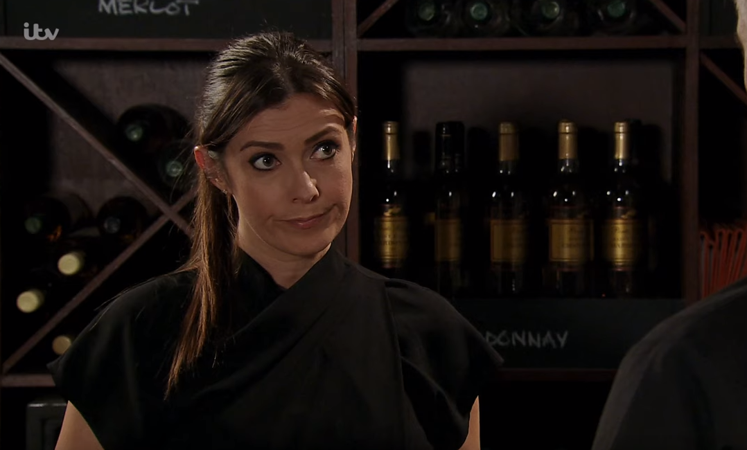 Coronation Street viewers question how 'thick' Michelle hasn't figured out Robert's secret