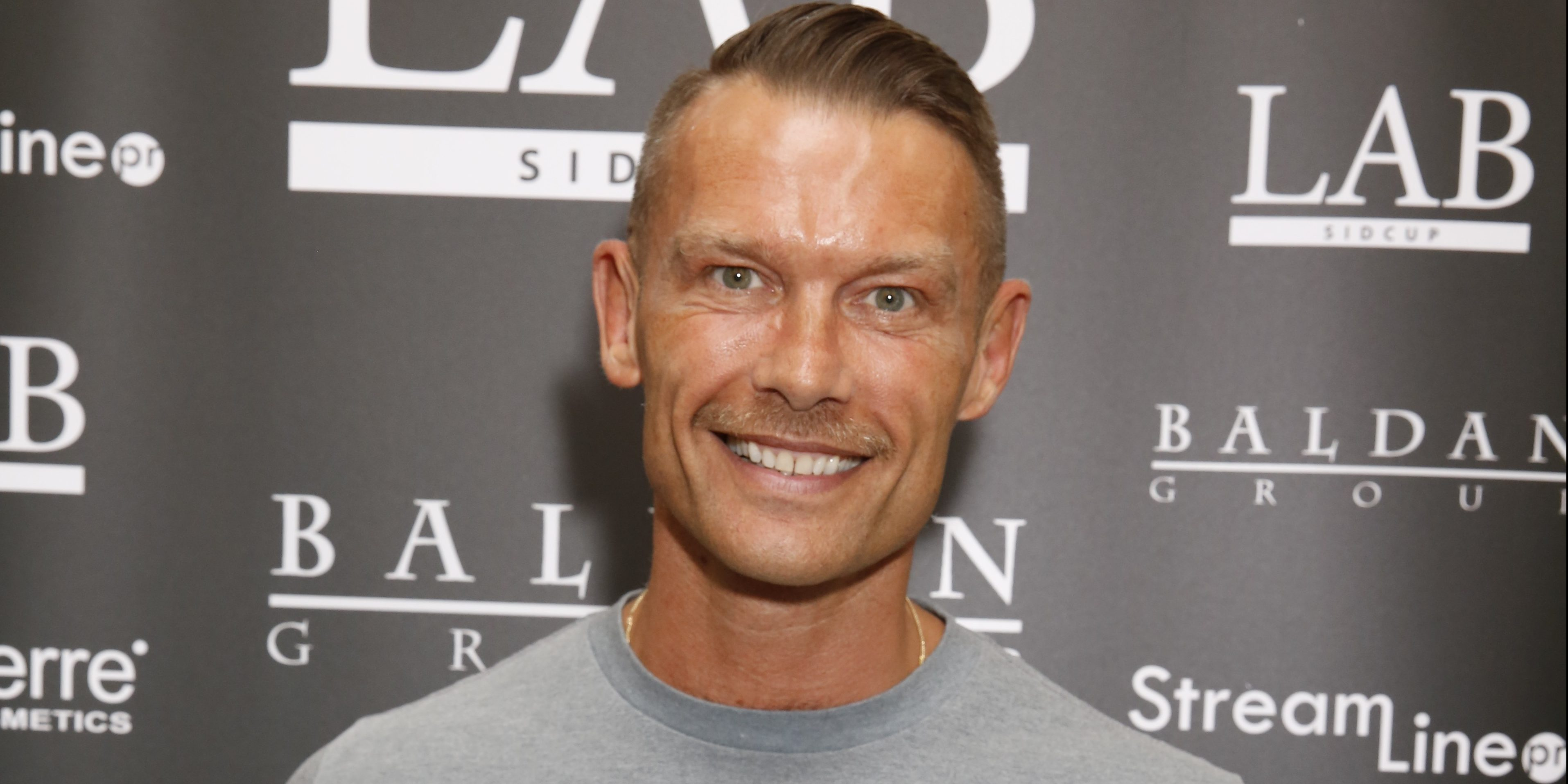 Former EastEnders actor John Partridge looks completely different as he appears on Loose Women
