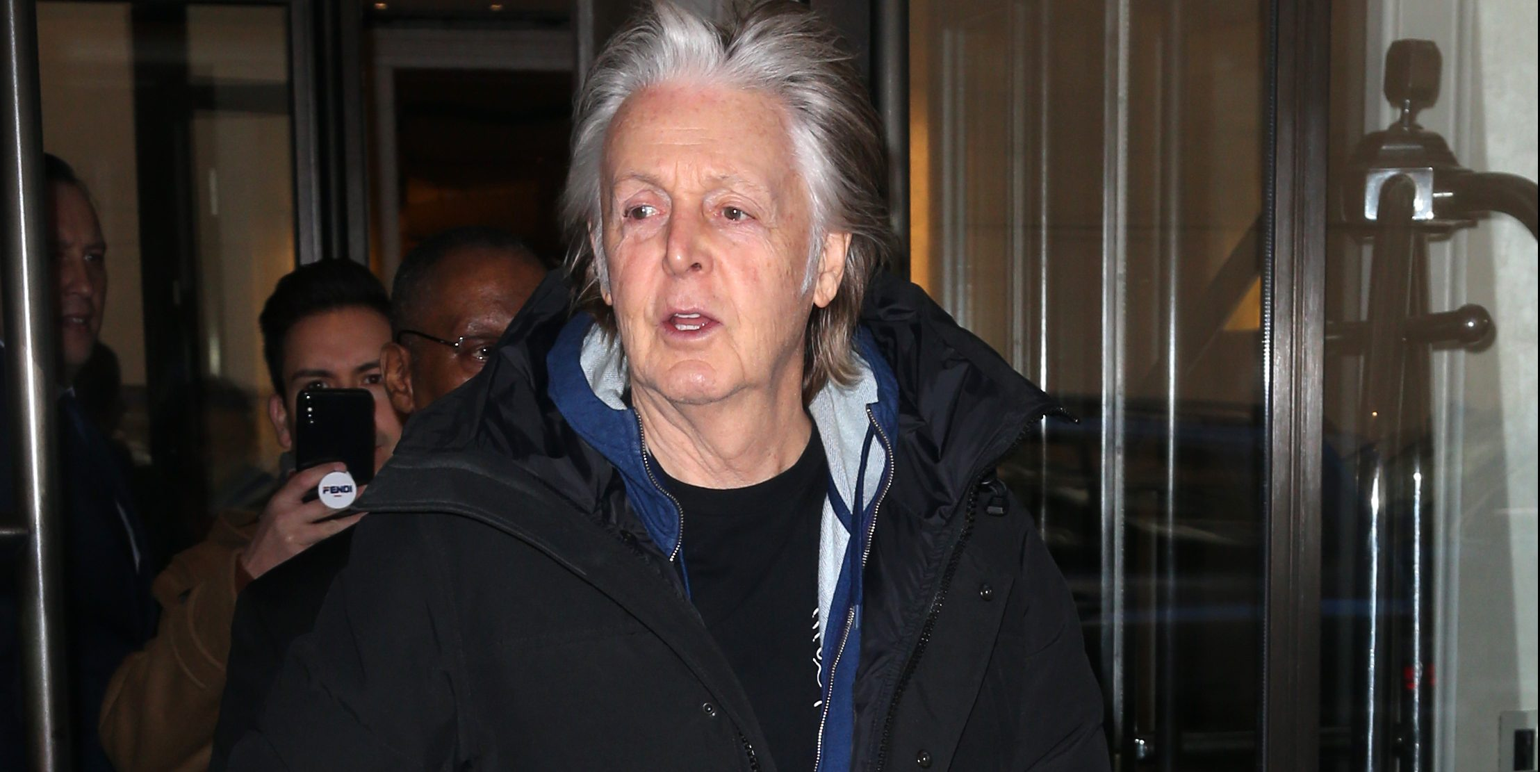 Paul McCartney out and about in New York Pictured: Sir Paul McCartney Ref: SPL5057194 220119 NON-EXCLUSIVE Picture by: SplashNews.com Splash News and Pictures Los Angeles: 310-821-2666 New York: 212-619-2666 London: 0207 644 7656 Milan: +39 02 56567623 photodesk@splashnews.com World Rights