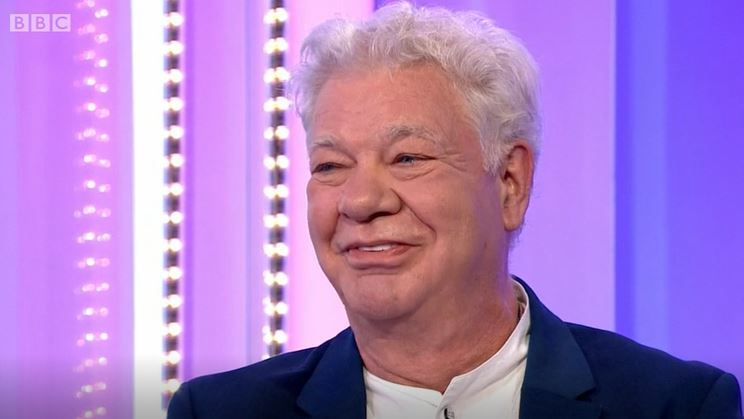 Former Stars in Their Eyes host Matthew Kelly 'unrecognisable' on The One Show