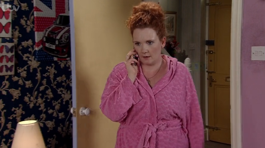 Coronation Street viewers convinced Fiz Stape is seeing someone else