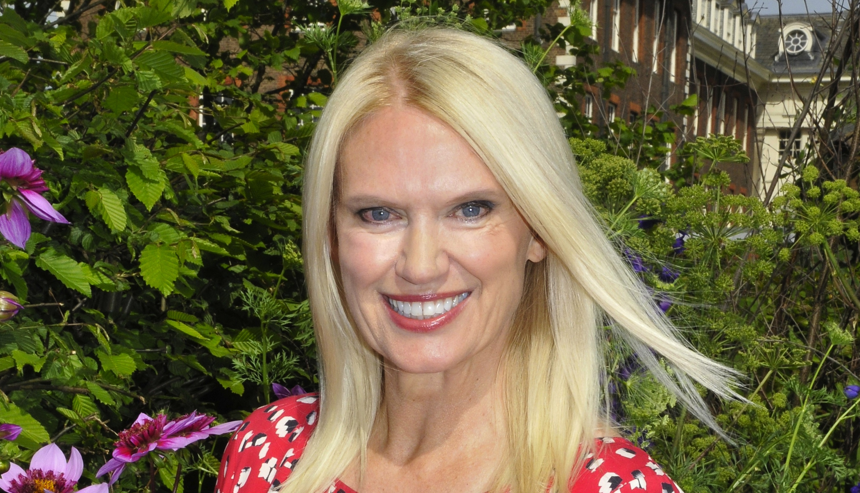 "Anneka Rice hoping for a Strictly Come Dancing ""miracle"" after fall"